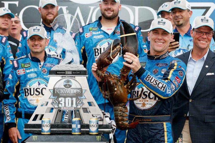 Kevin Harvick wins at New Hampshire Motor Speedway
