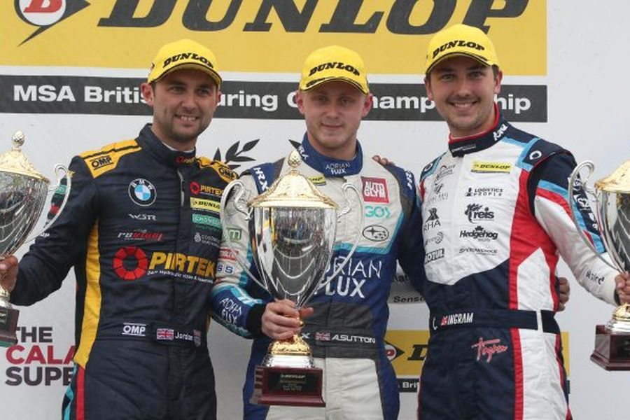 Andrew Jordan (left) inherited a victory after an exclusion of Ash Sutton and Tom Ingram