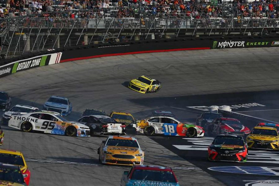 Massive wreck on Lap 2 at Bristol Motor Speedway
