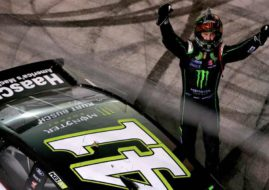 Kurt Busch wins Bristol NIght Race