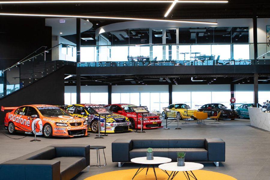 Rydges Pit Lane hotel interior, The Bend Motorsport Park