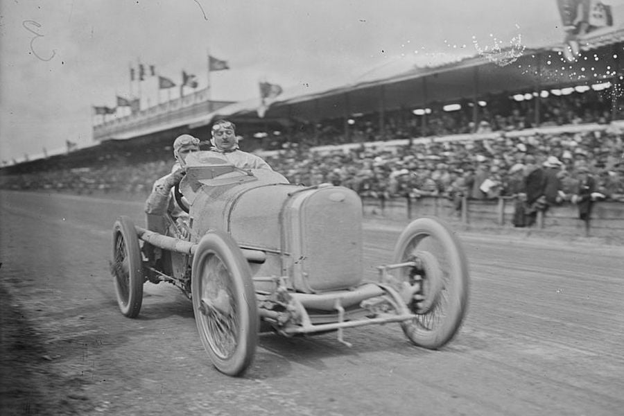 Henry Segrave at full speed in the 1922 French Grand Prix