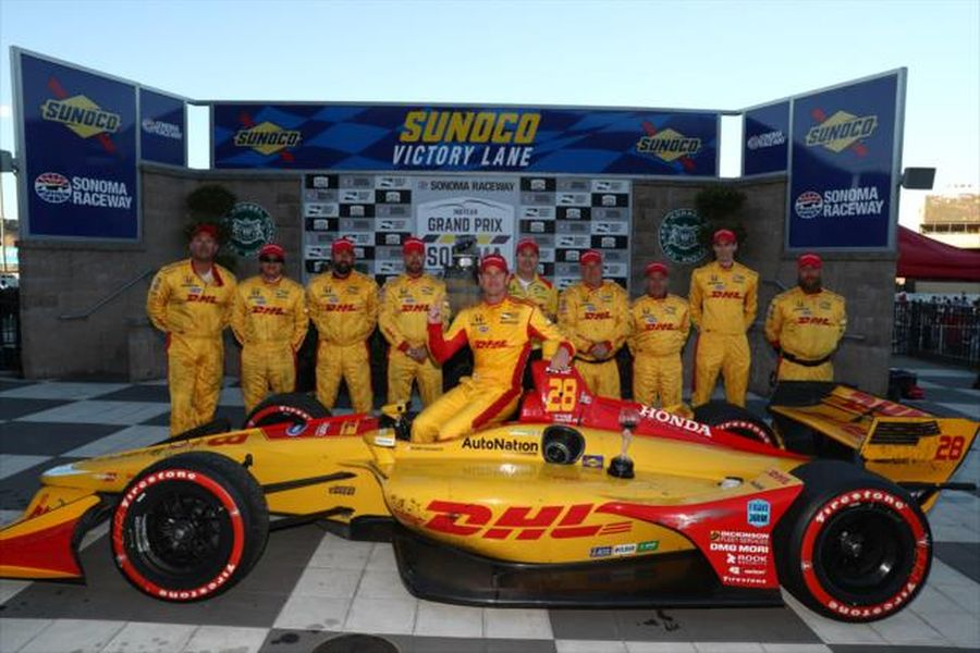 Ryan Hunter-Reay and his crew in the Victory Lane