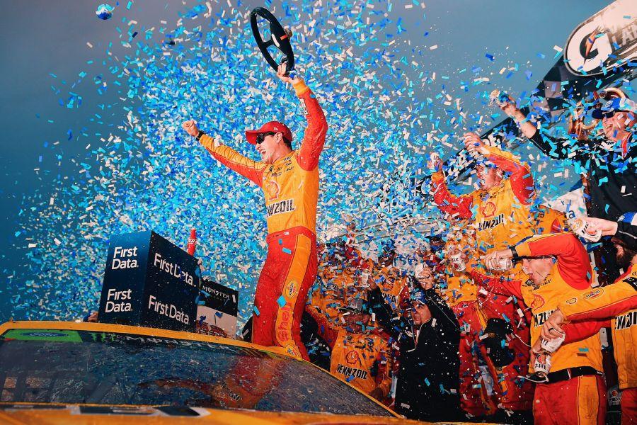 Joey Logano wins First Data 500 at Martinsville