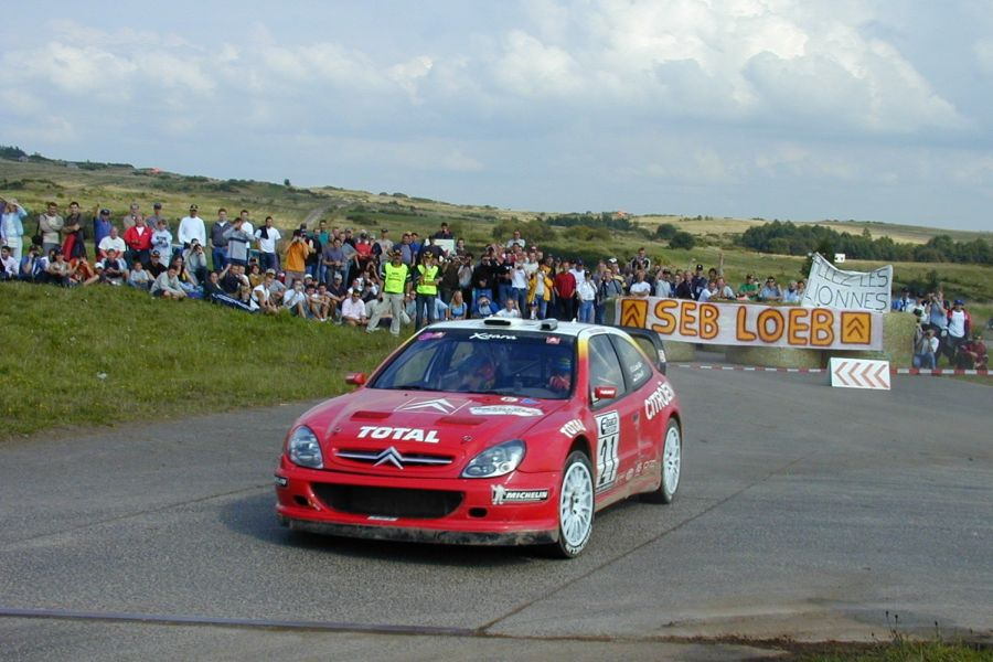 Seb Loeb and Daniel Elena in the #21 Citroen Xsara WRC at 2002 ADAC Rallye Deutschland