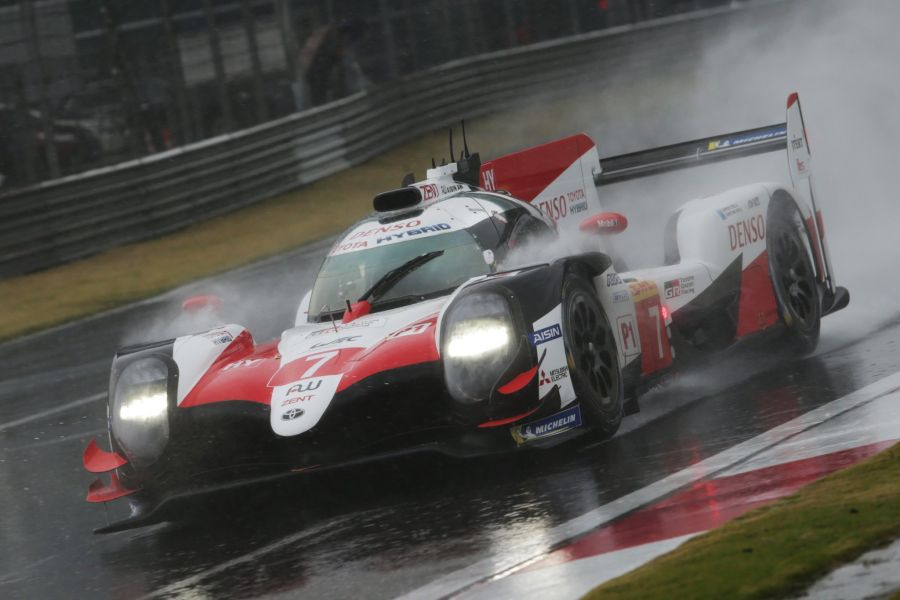 The #7 Toyota TS050 Hybrid at wet Shanghai International Circuit