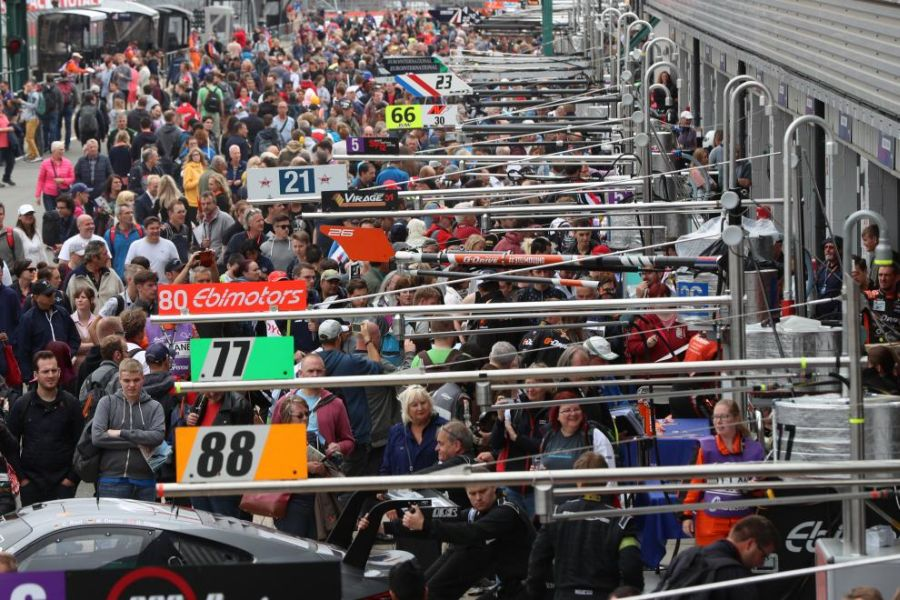 European Le Mans Series pitwalk