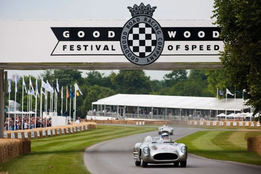 Goodwood Festival of Speed, cars racing