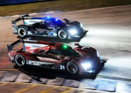 12 Hours of Sebring close battle