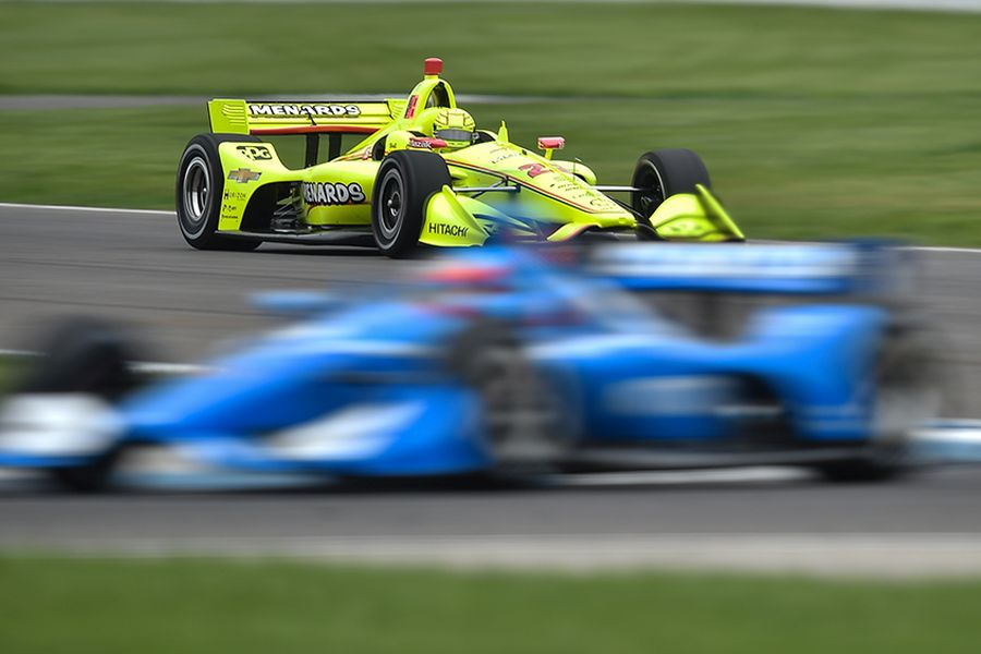 Simon Pagenaud's yellow #22 Chevrolet