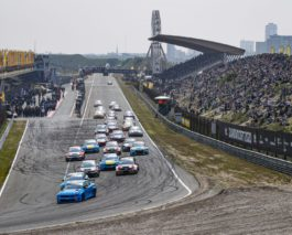 WTCR at Zandvoort: Two wins for Björk, Guerrieri takes championship lead